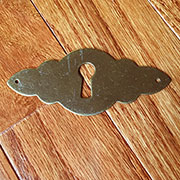 Keyhole Cover Brass M4-0159