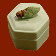 Cicada Lidded Box HA-7080-167