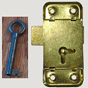 REPLACEMENT KEY FOR NEW AND OLD LOCKS  D1927