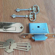 Roll Top Desk Lock and Key Set M-1802 L672P