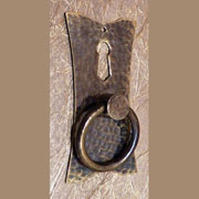 Hammered Antiqued Brass Ring Pull AB-1250