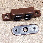Brown Magnetic Catch MGP-262B