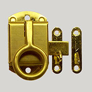 """L"" Napanee Style Brass Ring Pull Latch Left Hand KC-10 BM-1604PB"