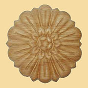 3-1/4 Inch Round Oak Daisy Ornament  W3-5789