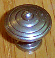 DISCONTINUED, WILL NOT SHIP. Old World Antique Brass Knob M4-0354