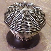 Woven Pewter Finished Knob DVCL-02052631